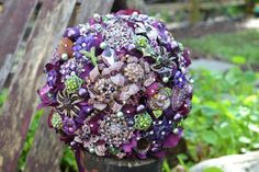 wedding bouquets with hydrangeas, willow and succulents | brooch bridal bouquet purple green vintage
