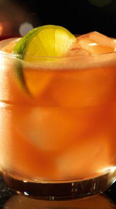 Jungle Bird (1½ parts Bacardi Select rum ½ part Campari 1 part lime juice 1 part pineapple juice ½ part sugar syrup)