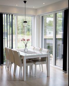 Scandinavian home, vita acorn, dining room, black and white interior