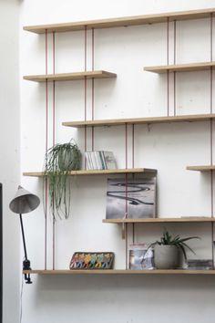 Etagères industrielles murales. Diy Home Decor, Room Decor, Diy Casa, Shelf Furniture, Mid Century Modern Decor, Shop Interiors, Layout Inspiration, Scandinavian Interior, Interior Walls