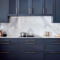 Glass Kitchen Cabinets, Contemporary Kitchen Cabinets, Kitchen Cabinet Styles, Blue Cabinets, Hague Blue Kitchen, Brass Kitchen Handles, Kitchen Interior, Kitchen Design, Betty Blue