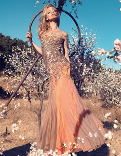 ru_glamour: Anna Selezneva for Blumarine SS 2013 Campaign Full Anna Selezneva, Mode Editorials, Fashion Editorials, Evening Dresses, Prom Dresses, Formal Dresses, Pleated Dresses, Dress Prom, Party Dress