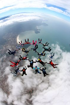 A reunion?.......Skydive Vip Sequentials byRick Neves