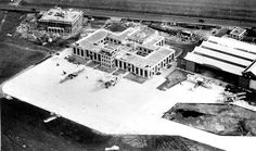 Croydon Airport, apron and terminal about 1929 Croydon Airport, Disused Stations, Commercial Aircraft, Civil Aviation, Local History, Air Travel, Airports, Flyers, 1930s