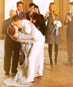 Chuck and Blair's wedding kiss