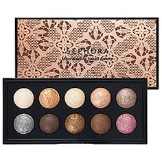 What it is:A palette with a range of ten baked eye shadows in nude colors, each with a super sparkly finish.What it does:This gorgeous collection of glittery baked eye shadows includes ten sultry nude shades. Each delivers a cosmic amount of diamond