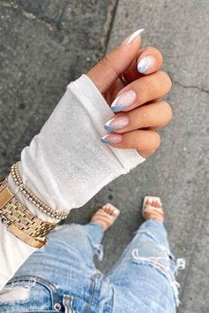 Nagellack Design, Nagellack Trends, Minimalist Nails, Nail Swag, Nail Tip Designs, Nail Designs For Summer, Cute Simple Nail Designs, Nail Ideas For Summer, Almond Nails Designs Summer