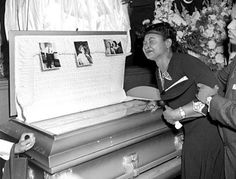 Emmit Till's mother took the brave decision to show the world what evil looks like