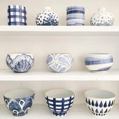 Jill Rosenwald handmade ceramic vases, lamps and trays. Painted patterns in chic colorways topped with gold edging. Ceramic Clay, Ceramic Painting, Pottery Bowls, Ceramic Pottery, Blue Pottery, Keramik Design, Pottery Painting Designs, Keramik Vase, Painted Pots