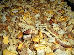 Jackie Likes to Eat: Jackie's Chex Party Mix