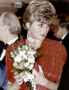 1991 Nov 18 Princess Diana at Hot Shots Premiere in London