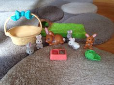 """Vintage Littlest Pet Shop """"Mommy And Baby Bunnies"""" #Kenner"""