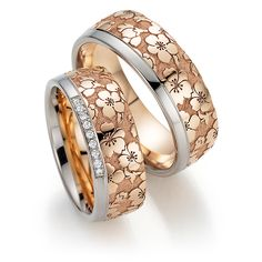 """Flora wedding rings """"Cherry blossom"""" at Juwelier Wieland Munich - Flora wedding ring from Fischer. The fine floral patterns are the namesake of this beautiful weddin - Engagement Rings Couple, Floral Engagement Ring, Jewelry Rings, Jewelry Accessories, Gold Ring Designs, Fashion Jewelry, Rings For Men, Wedding Rings, Bling"""