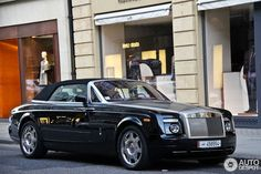 Rolls-Royce Phantom Drophead Coupé 1