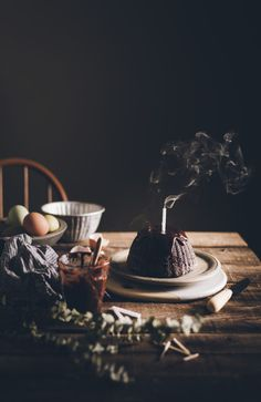 Dark Food Photography, Cake Photography, Chocolate Fudge, Chocolate Flavors, Cake Background, Fire Food, Food Gallery, Decadent Cakes, Cake Ingredients