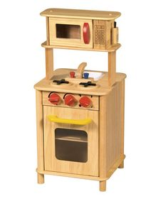 The Kitchenette Natural by Guidecraft is a fantastic 2 year old toy. This wooden play kitchen is beautifully made and will really spark imagination in your child through pretend play. It makes a great 2 year old gift as well. Wooden Play Kitchen, Mini Kitchen, Kitchen Units, Toy Kitchen, Childs Kitchen, Pretend Play Kitchen, Play Kitchen Sets, Play Kitchens, Kitchen Playsets