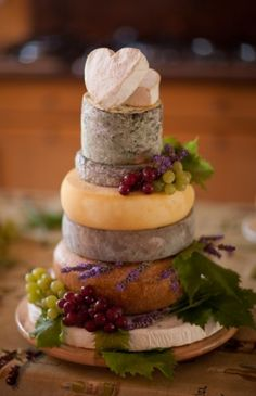 25 Cheap And Cool Wedding Cake Alternatives