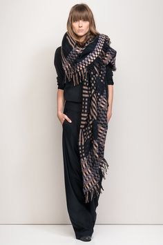 WINDOW › WRAPS › HUMANOID WEBSHOP