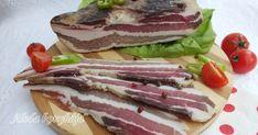 Hozzávalók : oldalasról lefejtett húsos szalonna, bőrével együtt(1,5-2 kg), jódmentes só: a pácléhez: 3-4 l víz, 35 dkg só, 1 fej ... Tuna, Sausage, Pancakes, Bacon, Sandwiches, Homemade, Meat, Breakfast, Recipes