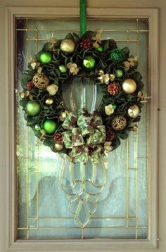 Christmas Wreath for Front Door, Green and Gold Christmas Decoration, Burlap Christmas Wreath, Farmhouse Christmas Wreath, Rustic Christmas Christmas Wreaths For Front Door, Gold Christmas Decorations, Burlap Christmas, Wreaths For Sale, Etsy Christmas, Handmade Christmas, Christmas Ideas, Christmas Gifts, Holiday Decor
