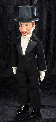 """""""Interlude"""" - Marquis Catalogued Auction - March 163 All-Original American Composition """"Charlie McCarthy"""" by Effanbee in Original Box Marionette Puppet, Puppets, Paul Winchell, Shari Lewis, Charlie Mccarthy, James Ensor, Ventriloquist Doll, Mc Carthy, Punch And Judy"""