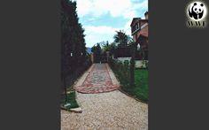 """""""Giardino Didattico"""" del Fiume Nera. Il viale di acceso al parco."""