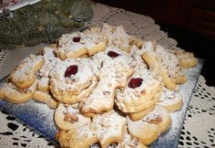 17 olcsó, nagyi féle linzer az ünnepekre | NOSALTY Biscuits, Food And Drink, Xmas, Yummy Food, Sweets, Cookies, Cake, Recipes, Pastry Chef