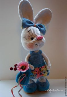 Comprar conejito ... Zlata en un vestido azul. - Blanco, azul, bebé, niña, bebé tejió