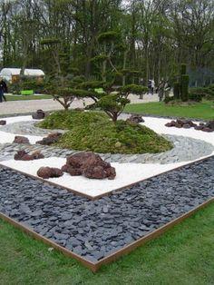 Decorar exteriores con piedras blancas   #piedras #deco #jardin #exterior #design
