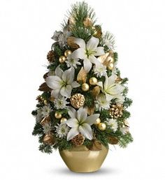 Our festive Christmas centerpieces will bring cheer to your home this season. Send Christmas flowers & fruit baskets delivered fresh by the holidays, guaranteed! Christmas Flower Arrangements, Christmas Flowers, Christmas Centerpieces, Christmas Photos, Floral Arrangements, Christmas Holidays, Christmas Wreaths, Christmas Crafts, Christmas Decorations