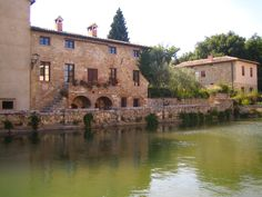 Therme im Orcia-Tal