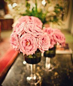 10 wedding flower tips from a real diy bride wedding flowers roses centerpieces Diy Wedding Flowers, Wedding Pics, Diy Flowers, Wedding Bride, Dream Wedding, Simple Centerpieces, Wedding Centerpieces, Order Flowers Online, Rose Petals