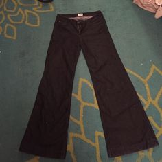 """Hudson Jeans  These are wonderful jeans and barely wore. Look brand new!! Size 30 with a 35"""" inseam. They truly are amazing jeans but they are to big for me now :( Hudson Jeans Jeans Flare & Wide Leg"""