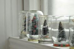 Marmeladengläser werden zu Schneekugeln - Fensterdeko Idee