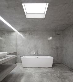 grey and white bathroom // looks kind of cold but i love the minimalism