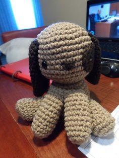 Perro Amigurumi - Patrón Gratis en Español aquí: http://lasmanualidades.imujer.com/6895/como-hacer-un-perrito-en-crochet