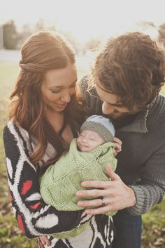 Ideas for baby pictures newborn family angles Newborn Pictures, Baby Pictures, Baby Photos, Cute Family, Baby Family, Newborn Baby Photography, Family Photography, Face Photography, Outdoor Newborn Photography