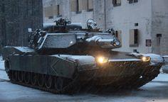 [フリー画像] 乗り物, 軍用車両, 戦車, 戦争・軍隊, 雪, M1エイブラムス, アメリカ海兵隊, 201103032300 - GATAG フリー画像・写真素材集 2.0