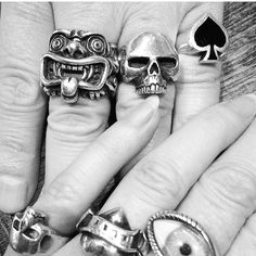 Strong collection on @laurajmarcus and her partner. #thegreatfrog #bratstyle
