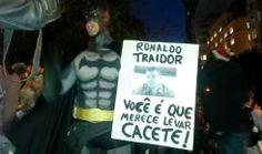 Galdino Saquarema Noticia: Protesto contra a Copa e professores da rede municipal em SP.