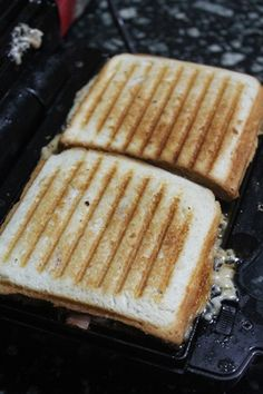 Grilled Pizza Sandwich Recipe - Kids Friendly Sandwich Recipes - Yummy Tummy Sandwich Recipes For Kids, Quick Pizza, Pizza Sandwich, Sandwich Ingredients, Grilled Pizza, Grated Cheese, Pizza Dough, Kid Friendly Meals, Kids Meals
