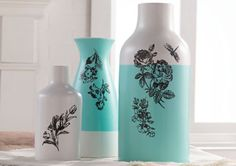 English Garden Silkscreen Vases. Capture the elegance of painted flowers quickly and easily using Martha Stewart Crafts Glass Paints and Adhesive Silkscreens. #crafts #marthastewart #paints
