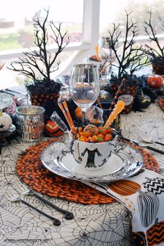 Black Hat Society Halloween Table   homeiswheretheboatis.net #witch #tablescape #Halloween