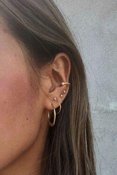 (notitle) Hola a todos, estamos presentando diseños populares de esmaltes de uñas permanentes que son muy apreciados por todos. Puedes seguir todo sobre la nueva moda en nuestro sitio web. No olvides seguirnos en Pinterest.  (notitle)  Avina Burns  (notitle) #piercingsear Innenohr Piercing, Spiderbite Piercings, Triple Ear Piercing, Three Ear Piercings, Pretty Ear Piercings, Unique Piercings, Double Cartilage, Ear Piercings Cartilage, Gauges