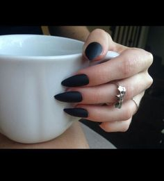 Image via We Heart It https://weheartit.com/entry/175621948 #black #grunge #long #nails #style #pointy