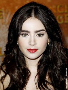 NewYorkDress Blog // Gorgeous Eyebrow Icons // Click through for more fabulous eyebrows! // #LilyCollins