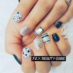 Popular Dots and #stripes Nail Art Design #polkadots #polkadotsnails #nailartdesigns #nails #nailart