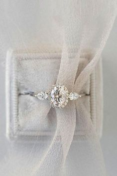 Oval Engagement Rings That Every Girl Dreams ★ rings unique Unique Vintage Moissanite Engagement ring set Forever Brilliant Antique Leaves Diamond Pink Sapphire wedding band leaf Bridal Jewelry - Fine Jewelry Ideas Rose Gold Engagement, Three Stone Engagement Rings, Beautiful Engagement Rings, Engagement Ring Settings, Vintage Engagement Rings, Oval Halo Engagement Ring, Engagement Ideas, Engagement Ring Styles, Affordable Engagement Rings
