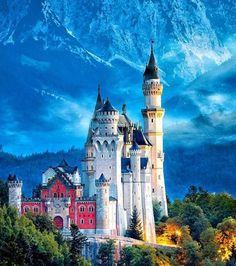 Neuschwanstein Castle, Bavaria GermanyYou can find Bavaria germany and more on our website. Beautiful Castles, Beautiful Places, Wonderful Places, Voyager Malin, Places To Travel, Places To See, Germany Castles, Neuschwanstein Castle, Fairytale Castle