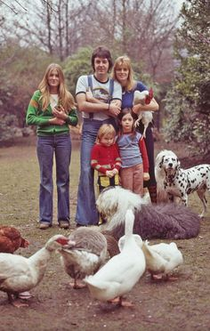 Paul Mccartney and his wife Linda with their daughters Heather. Stella and Mary in  East Sussex 4th april 1976 photo David Montgomery.